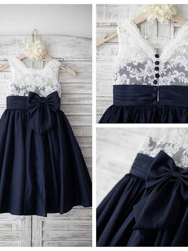 A-line Knee-length Flower Girl Dress - Lace / Taffeta Sleeveless Square with