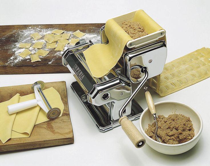 RavioliMaker, l'accessorio per realizzare i buoni ravioli ripieni fatti in casa.
