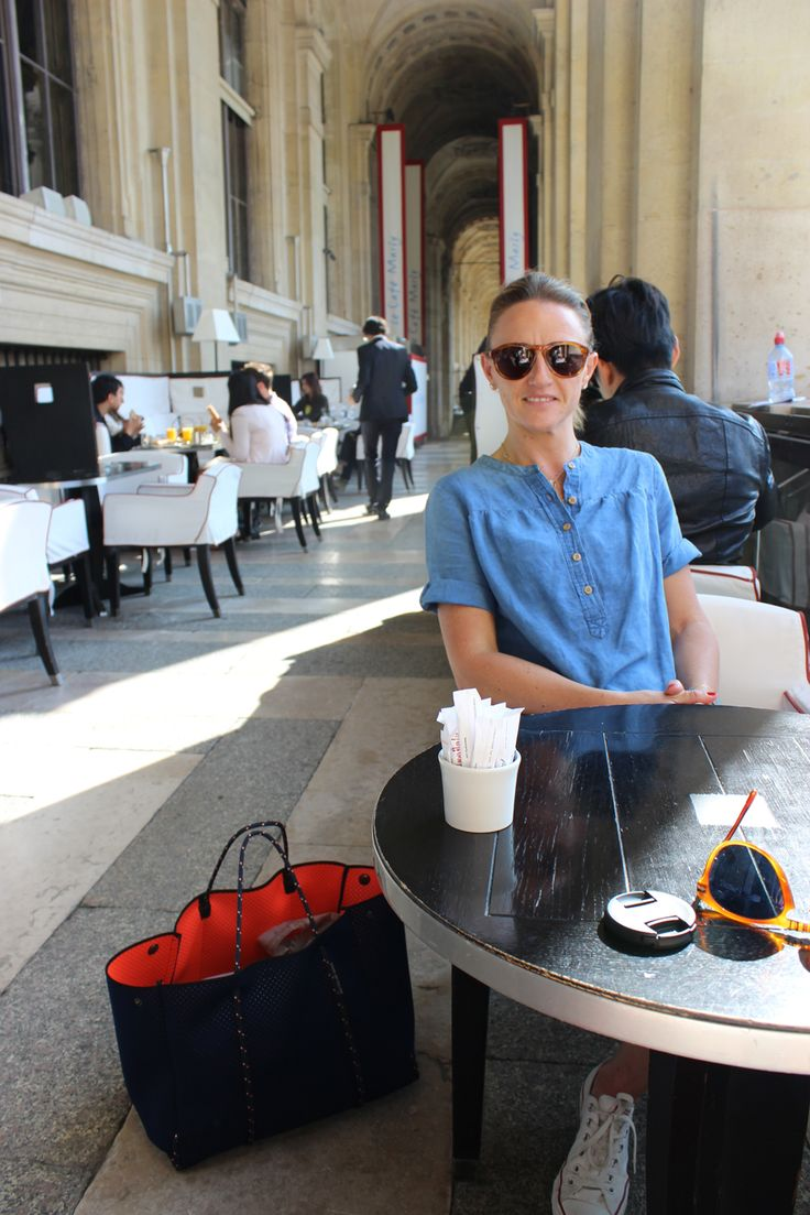 Cafe Marly Louve Paris with Coral/Navy Escape carryall