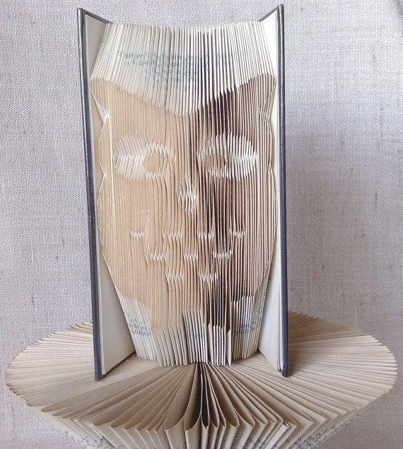 Book folding pattern and FREE Tutorial - Owl Silhouette - folded book art, origami, gift #bookfolding #bookfoldingpattern #foldedbookart #booksculpture #papersculpturebook #origamibook #weddinggift #weddinganniversary #birthdaygift #patterntutorial #recycledbook #homedecor #lovegift #motherdaygift #craft #gift #owl by #PatternsStore