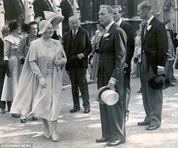 king george vi and princess elizabeth   The Queen and Eternal Style   The Lady in Waiting