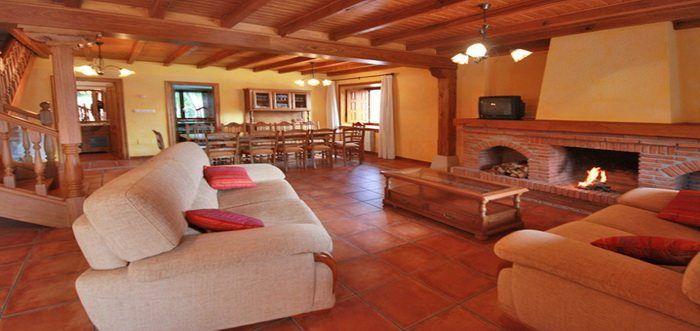 Casa El Castañeru Casas Rurales En Prellezo Cantabria Casas Rurales Casas Camas Grandes