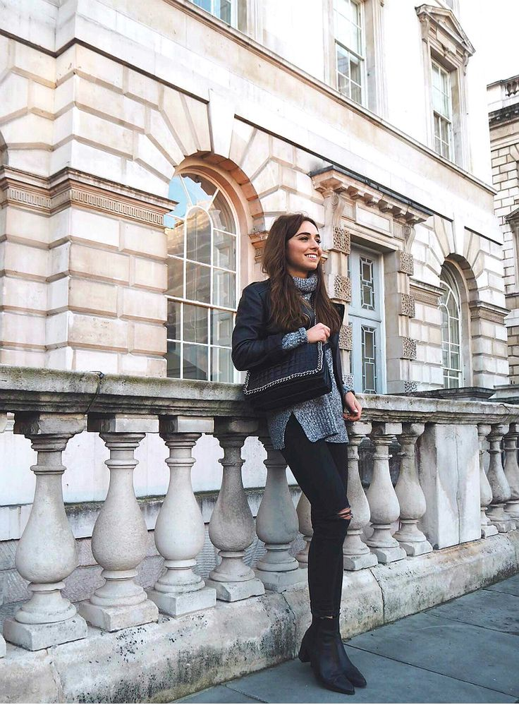 Black leather is the perfect match to dark... - Street Style