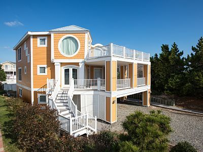 3900 square ft of space for one of the best vacation experience you have had-bethany beach rental