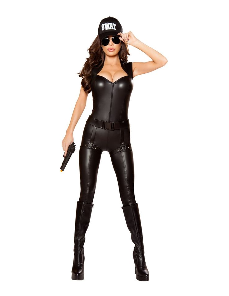2pc SWAT Commander Police Costume Includes - Zip-Up Catsuit with Shoulder Pads, - Belt, Attached Holster with O-Rings & Studs Color: Black Size: S, M, L Fabric: Poly / Spandex MADE IN CHINA Also Shown