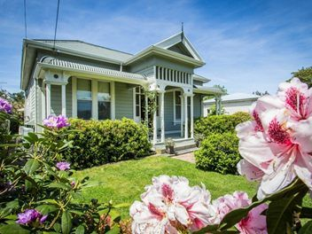 Deliciously decorated and perfectly maintained, this handsome 1906 Victorian villa is a fabulous mix of colonial charm and contemporary flair - a tribute to the...
