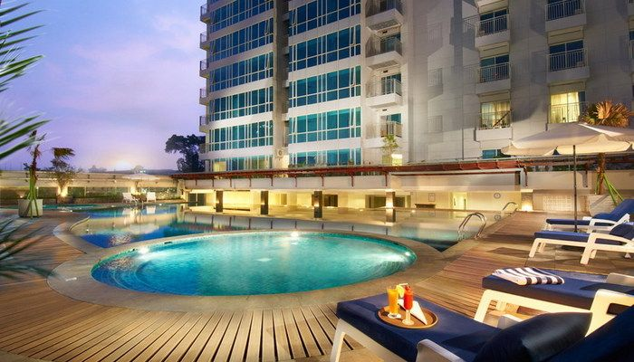 Grand Royal Panghegar Hotel Bandung. Located in the heart of bandung city surrounded by office and shopping arcade, 20 minutes from the Husein Sastranegara Airport, 6 minutes drive to train station, shopping centre Braga city walk (0,22 km) and Riau Junction. Feature toiletries, ac and personal safety box in every room, also the room come with wood floor, wood furniture. http://www.zocko.com/z/JG6se