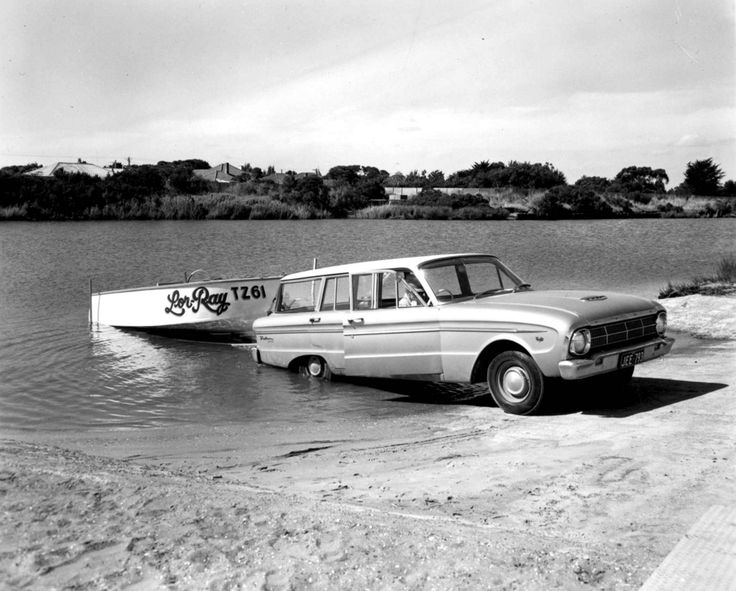 Launching at Patterson River, Chelsea