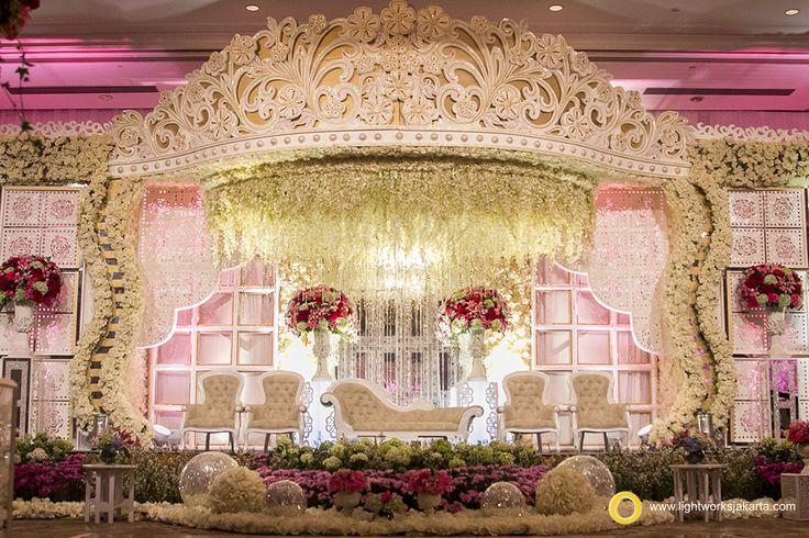 Crown wedding stage by Grasida Decoration and lighting by Lightworks at Shangri-La Hotel Jakarta  www.lightworksjakarta.com