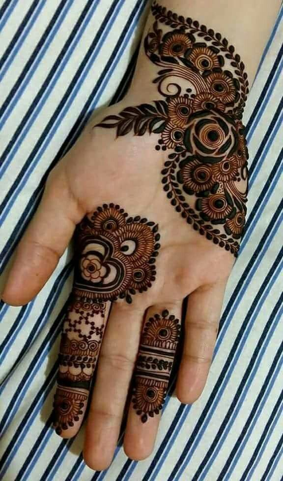 4fe5e80aa Pin by sejal vaghasia on Henna art | Mehndi designs 2018, Palm henna  designs, Bridal mehndi designs