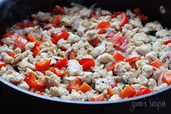Pasta with Italian Chicken Sausage, Peppers and Escarole | Skinnytaste