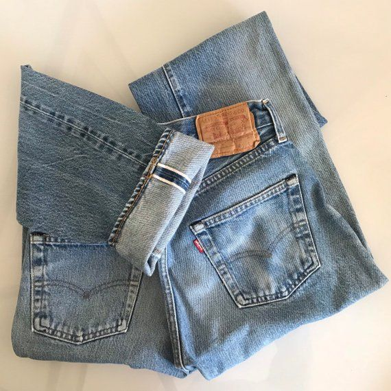 Vintage Levi S Selvedge 501 Jeans 26 X 32 Usa Made Redline 80s Denim Button Fly Jeans Vintage Denim Vintage Outfits