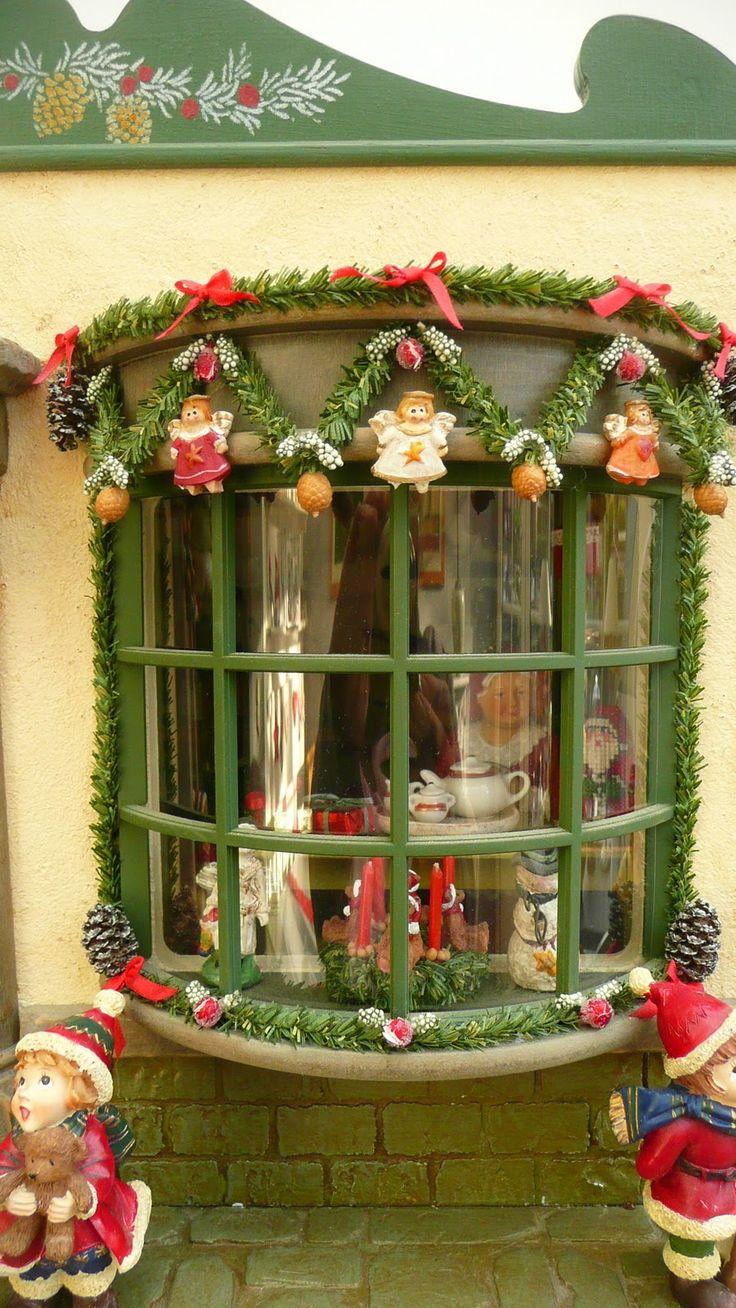 Dollhouse Christmas Window like the nutcracker in England