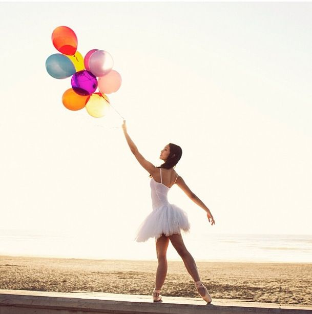 Dance pose- balloons would be a fun prop http://AFitBeachBody.com