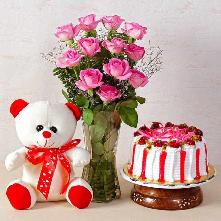 Find the perfect birthday gifts for your special someone. Vist Taj Online to get wide range of flower hampers gifts at the best price. For more information click here: http://www.tajonline.com/gifts-to-india/gifts-FGA538.html