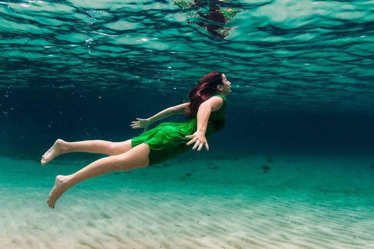 And then Wendy followed Peter Pan flying in the night to Neverland's Island  #vittoriogreggio #underwater #sardegna #lovetheocean #whatmakestheocean