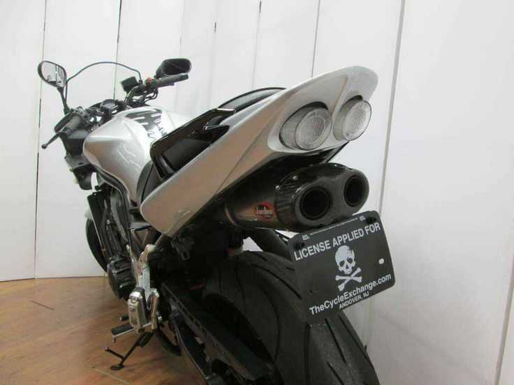 """Used 2005 Yamaha FZ1 Motorcycles For Sale in New Jersey,NJ. 2005 Yamaha FZ1, 2005 Yamaha FZ-1 - 2005 Yamaha FZ-1 -Jardine exhaust -Exhaust pipe wrapped -Integrated tail light -Flush mount front signals -Few minor scuffs (pictured) -Some minor surface rust (pictured) Everyday Comfort Coupled with Razor Sharp Handling and Open Class Power Cycle World Magazine's """"World's Best Streetbike"""" (Oct. 2004) For the rider who likes sport bike performance but prefers more comfortable ergonomics. The FZ1…"""