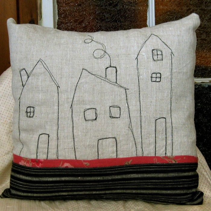 machine stitched? totally DIYable... Cushions Pinterest Hus, Kuddar och Sy