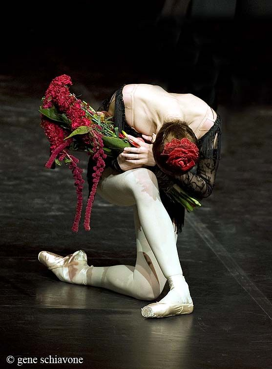 Svetlana Zakharova - one of my favorite ballarina's from the Bolshoi Ballet; I agree... she is amazing even bowing