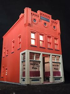HO Scale 2-Story Building 'Sid & Eda Pizza'  -  Lighted - Free US Shipping  | eBay