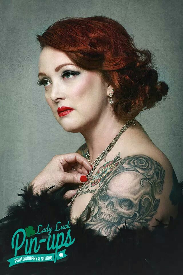 Old hollywood.   #ladyluckpinups #oldhollywood #headshot #woman #skulltattoo #redhead