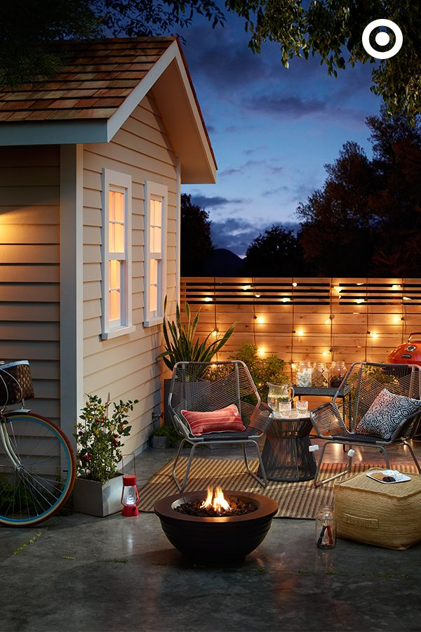 Best 25 cozy backyard ideas that you will like on pinterest cozy patio small patio and small - Types fire pits cozy outdoor spaces ...
