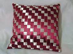 Resultado de imagen para Cushions woven on tape