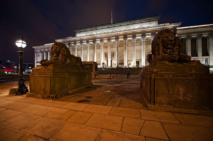 St George's Hall and Lions, Liverpool, England