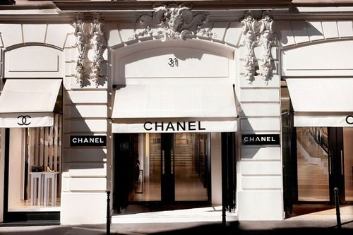 The first ever Chanel boutique in Rue Cambon Paris