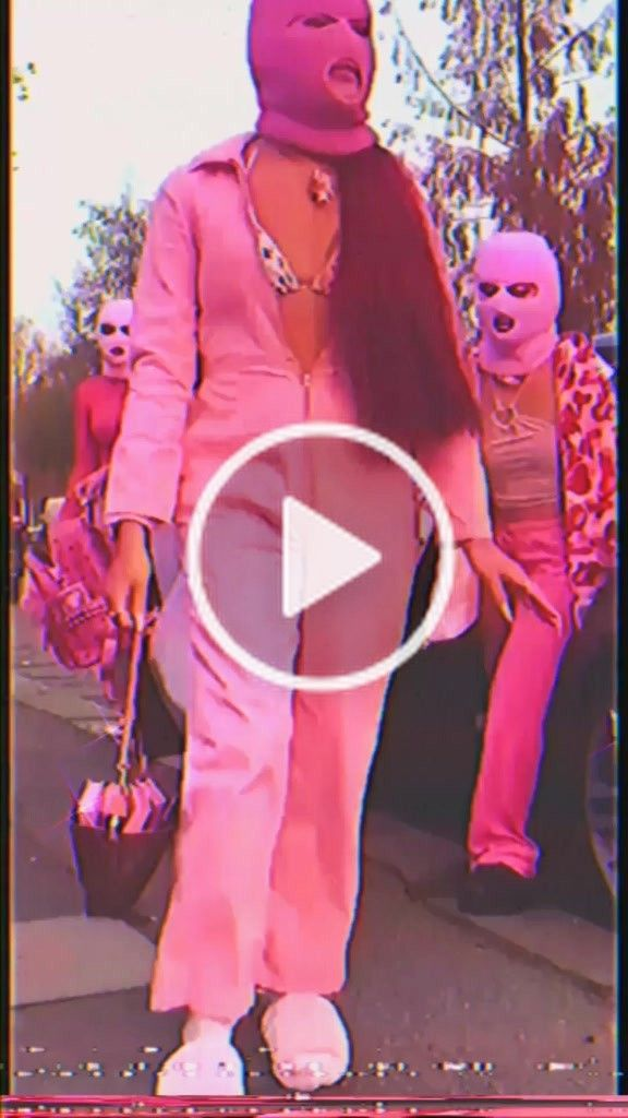 2020 Vhs Halloween 𝒮(@bbysandee) on TikTok: oops #fyp #xyzbca #foryou #vibes