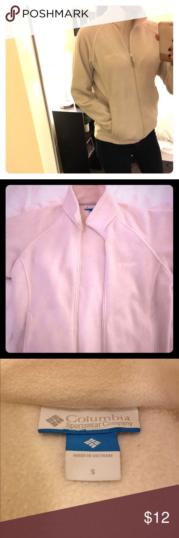 Colombia Fleece Jacket This off white Columbia fleece is super comfy and casual. Fits great! Columbia Jackets & Coats Utility Jackets