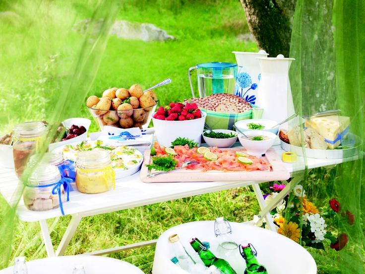 buffet dans le jardin