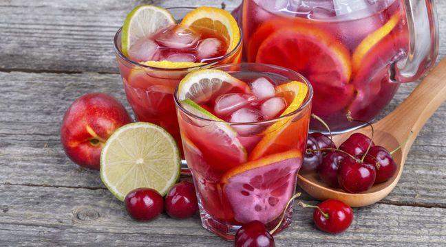 Leckere Kirsch-Zitronenthymian-Limo für die Garten-Party