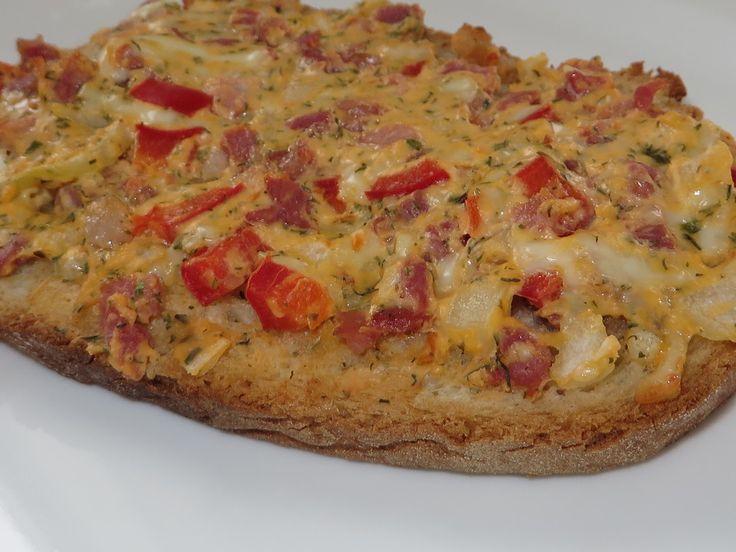 Dreadys geröstetes Brot mit Paprika - Chilicreme und Tomaten (Rezept mit Bild) | Chefkoch.de