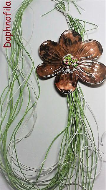 Τα daphnofila δημιουργούν: Ανθισμένο λουλούδι!