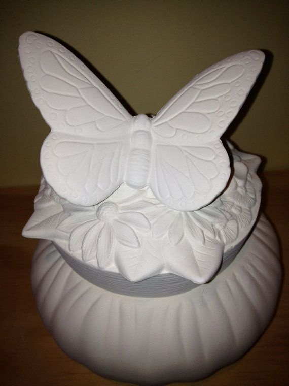 Spring Butterfly Puff Box by hellocrafters on Etsy, $10.00