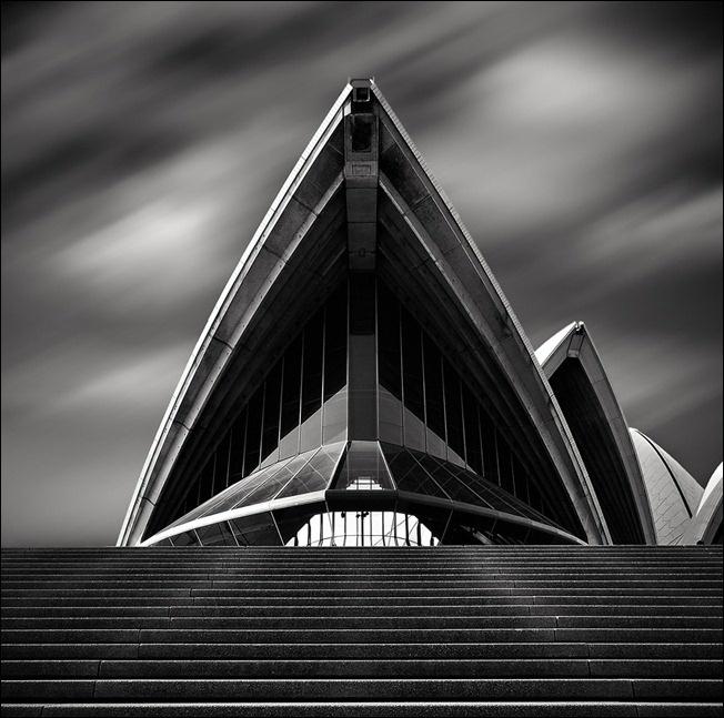 Sydney Opera House © Rob Cherry