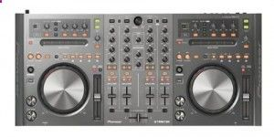Another awesome piece of DJ equipment, the Pioneer DDJ-T1 works best with Traktor, but can be set up with all professional DJ software.
