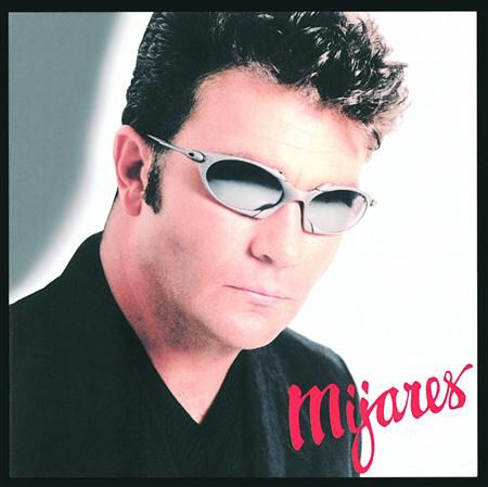 I'm listening to Si Me Tenías by Mijares on Latidos. http://www.siriusxm.com/latidos