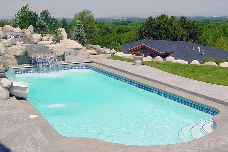 how to build a fiberglass pool base