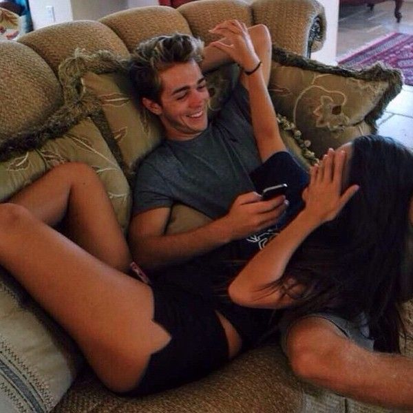 Relationship Goals: relaxing on the couch together | couple love