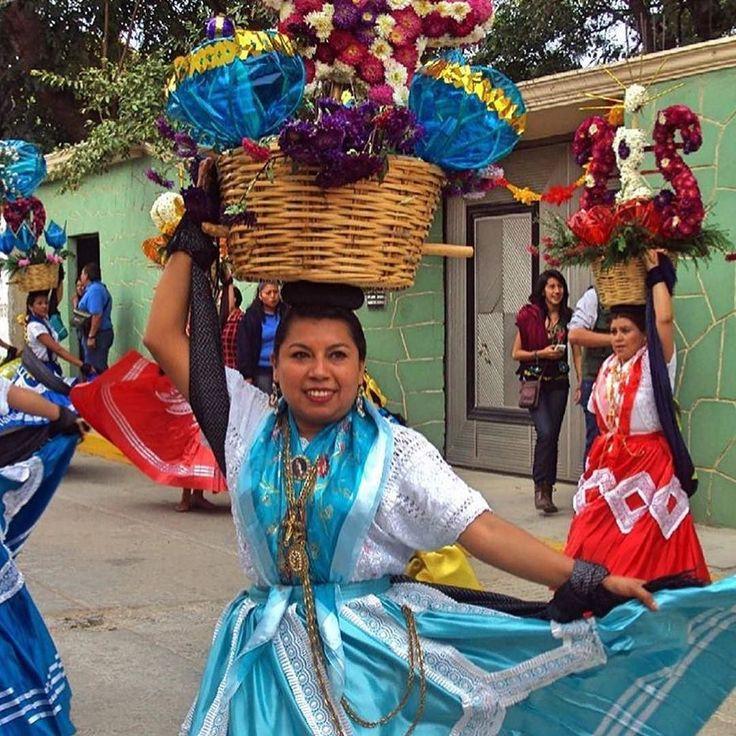 #Taste the spirit of Oaxaca in #HarvardSquare with #Bidoo #Honey #OnTap @followthehoney  #CambMa @oaxaca_cultural #repost  Chinas Oaxaqueñas de Doña Genoveva! Foto @raul_santaella  #Vive_Oaxaca #IgersOaxaca #Ig_Oaxaca #PasionXMexico #Mextagram #GF_Mexico #Mexico_Marvilloso #Loves_Mexico #Mexico #Ig_Mexico #MochileroMX #Mexigers #LilaDowns #IgersMexico #Vive_Mexico #OtMexicana #Espiritu_Callejero #Wu_Mexico #MexicoTravel #MexiColors #VivaMexicoMx #IgersTabasco #Loves_Puebla by…