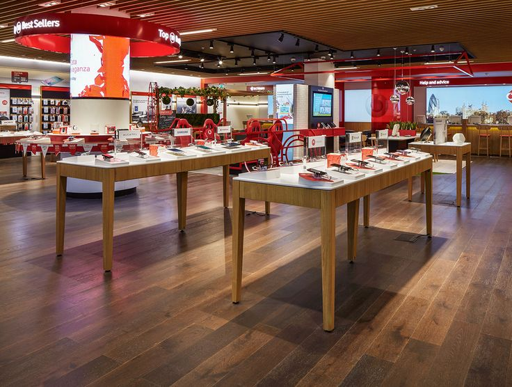 Vodafone uses Havwoods in all its stores across 26 countries. At Vodafone UK, Oak Coffee is the standard and several other products are often used in addition to compliment and define the space
