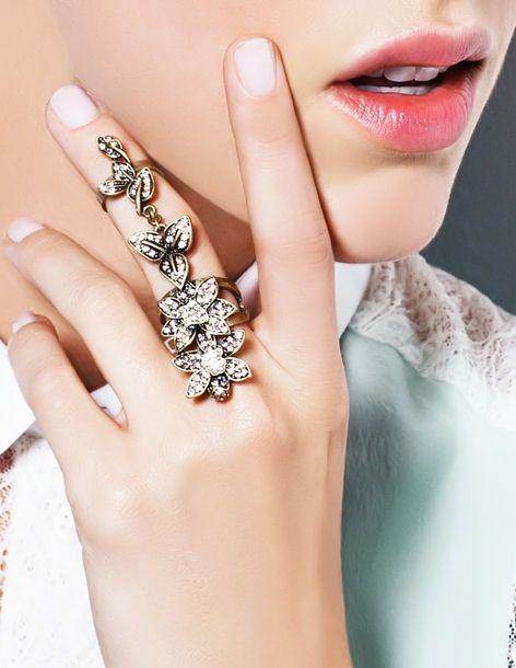 Love the Ring <3 SO Pretty!