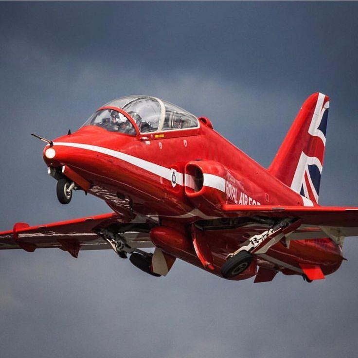 Royal Air Force Red Arrow taken at The Royal International Air Tattoo by Jonathan Haylock…»