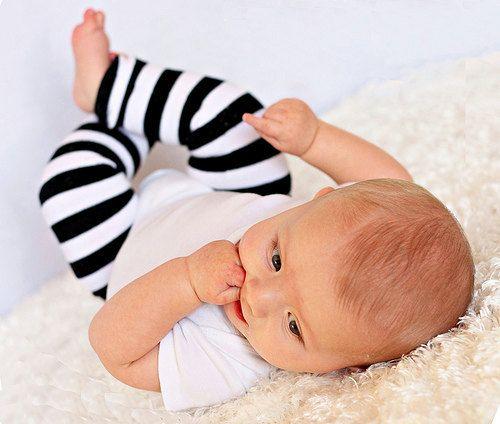 Baby Leg Warmers, toddler leg warmers, black and white stripes, leg warmers boy, leg warmers girl, classic legwarmers, newborn leggings