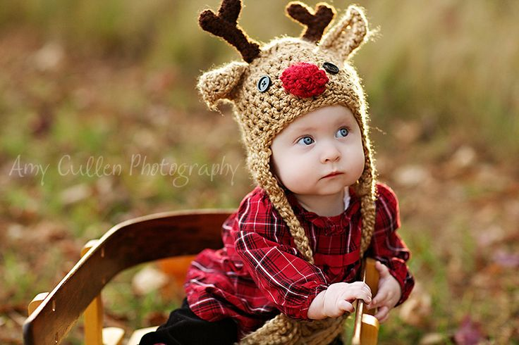 This baby reindeer hat is adorable! #baby