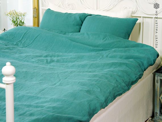 Natural linen teal blue duvet cover- stone washed linen duvet cover -Full/double /queen/king size duvet-softened linen duvet cover > Handmade from the highest quality Baltic linen. > Decorated with natural shell buttons at the end of duvet closure side. > Made from extra wide linen. >
