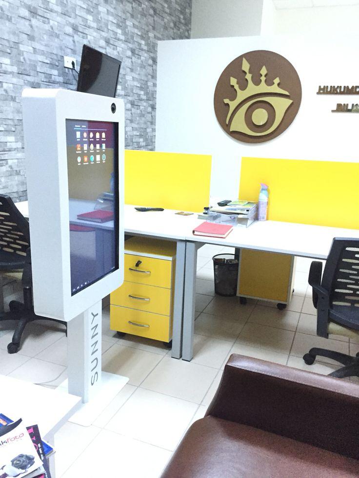 Kiosk dokunmatik asistanınoz.  Müşterilerinize self servis hizmet  #kiosk #dokunmatik #asistan #yazılım #web #design