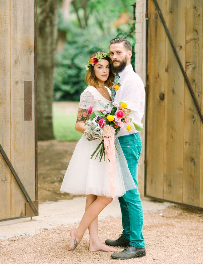 Bright Green + Tropical Textural Wedding Inspiration